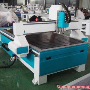 https://cnchoangcuong.com/product/may-cnc-ban-nhom-1325/