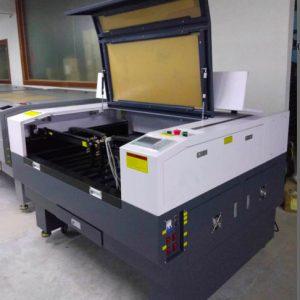 https://cnchoangcuong.com/product/may-cat-khac-laser-1390-2/